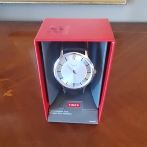 1219 TIMEX Watch New